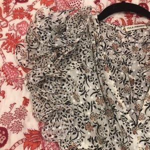 Ulla Johnson Dresses - Ulla Johnson Floral Mini Dress- never worn